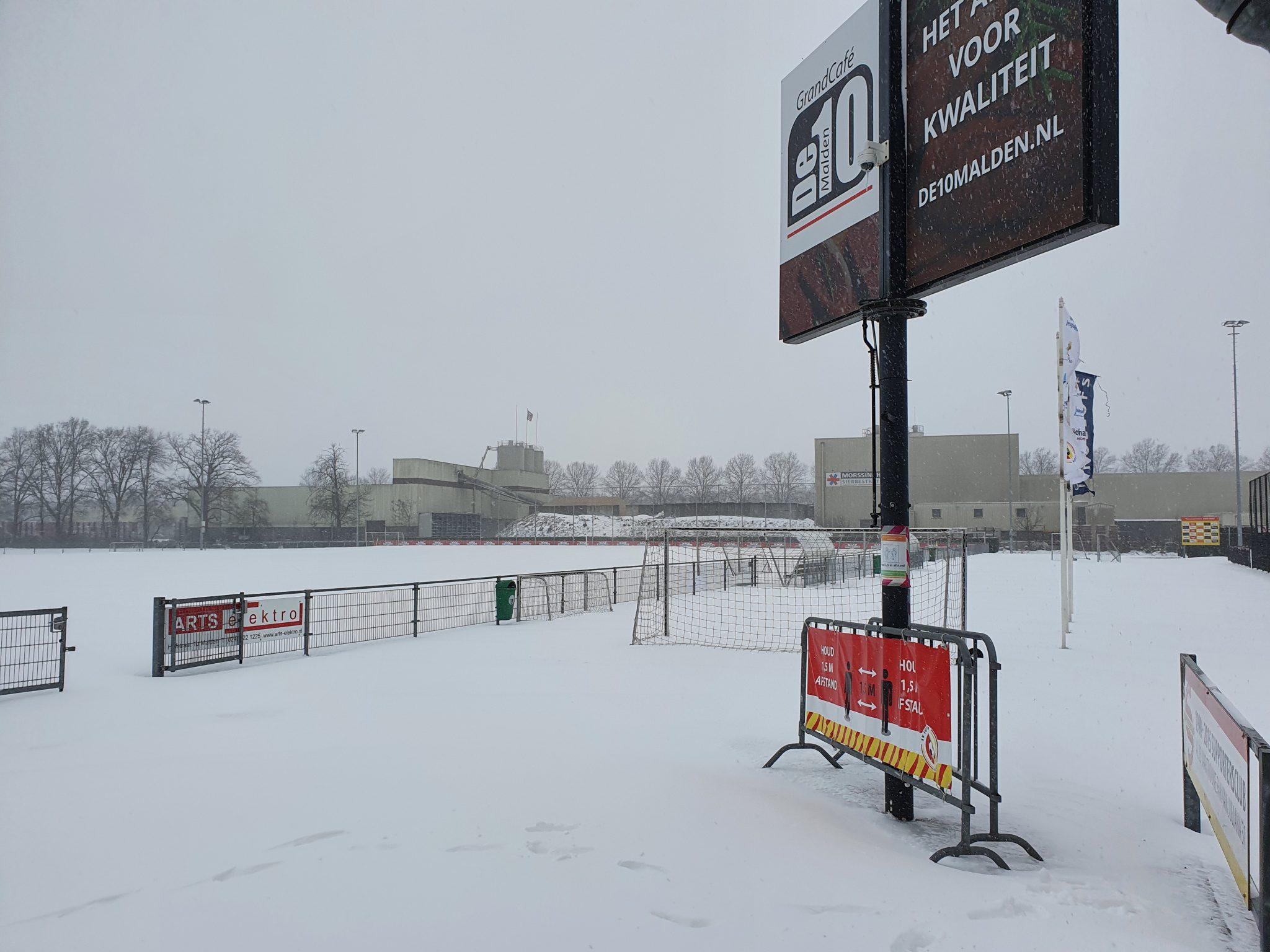 Afgelastingen door sneeuwval